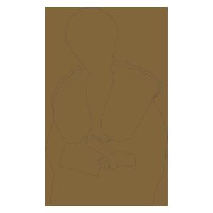 ショールを巻いた振袖姿の女性のシルエット